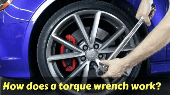 how does a torque wrench work