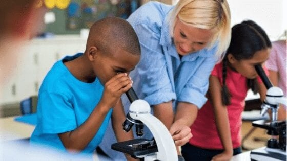 What microscopes are used in school